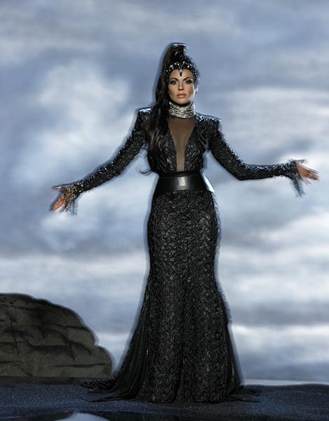 Фото №36 - Сказочная мода: 50 волшебных нарядов из фильмов нереальной красоты
