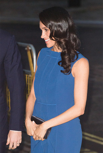 Фото №5 - Немножко беременная: Меган Маркл снова троллит прессу