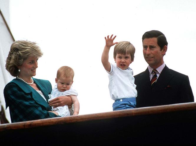 Фото №27 - Малыши-путешественники: первые зарубежные туры королевских детей