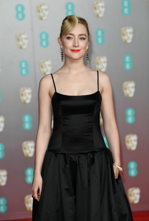 Фото №14 - BAFTA-2020: самые стильные звезды на ковровой дорожке церемонии