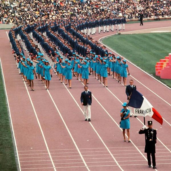 Фото №7 - 10 самых удачных примеров олимпийской формы из истории летних Олимпиад
