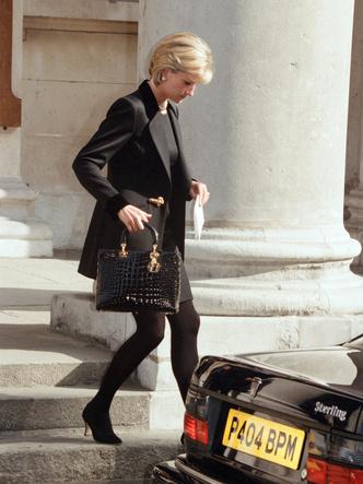 Принцесса Уэльская после мемориальной службы в память о фотографе Терренсе Доноване, 10 марта 1997