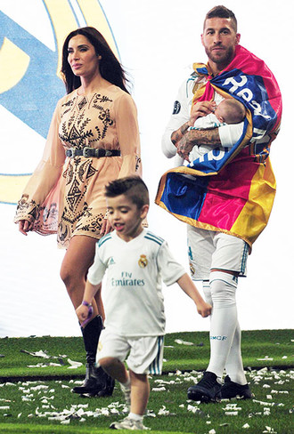 Серхио рамос жены футболистов