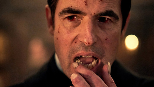 Фото №1 - Вышел трейлер нового сериала «Дракула» от создателей «Шерлока»