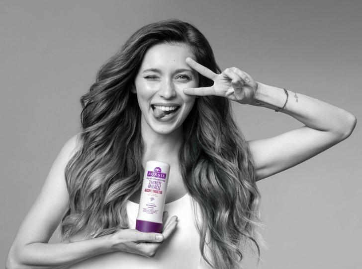 Фото №1 - Регина Тодоренко: «Aussie дарит волосам австралийское чудо-восстановление»