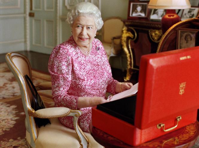 Фото №35 - Королева Елизавета II: история в фотографиях