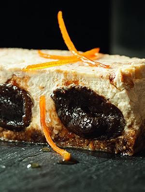 Фото №10 - Черное золото Аквитании: 7 небанальных блюд из слив
