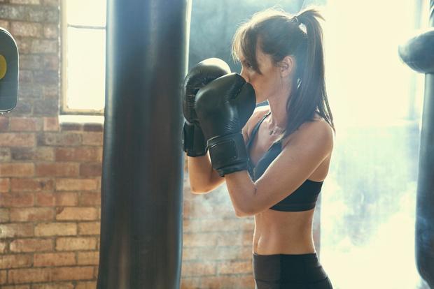 Фото №1 - Женский бокс: лайт-версия для здоровья и красоты