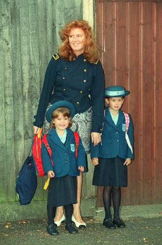 Фото №3 - Почему принц Джордж опять идет в первый класс