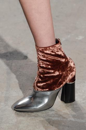 Фото №13 - Самая модная обувь сезона осень-зима 16/17, часть 2