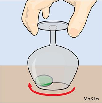 Фото №2 - Элементарный фокус с бокалом и оливкой