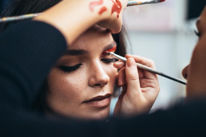 Фото №3 - 7 правил удачного макияжа, которые многие игнорируют