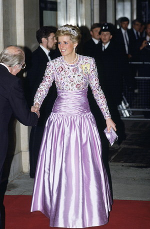 Фото №8 - Никто не идеален: самые неудачные наряды принцессы Дианы
