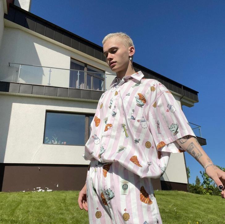 Фото №1 - Этим летом носим пижамы на улице, как Даня Милохин 🦄💕