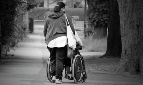 Фото №1 - До весны правительство разрешило продлевать инвалидность «автоматом»
