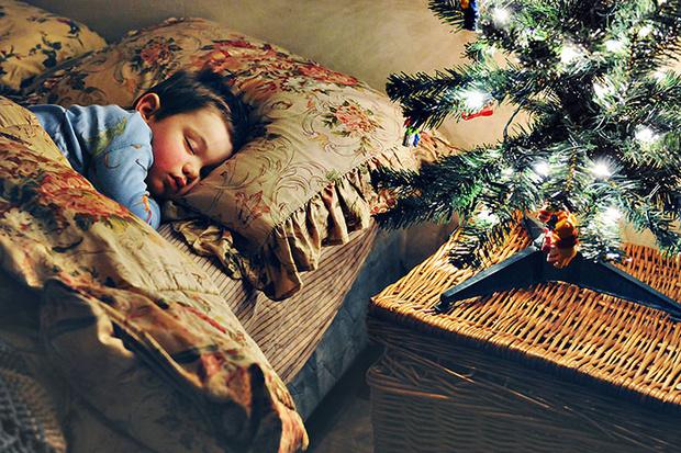 Фото №2 - Безопасный Новый год для малыша