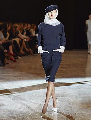 Фото №2 - JEAN PAUL GAULTIER представил коллекцию haute couture в Санкт-Петербурге
