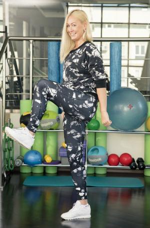 Фото №8 - 10 минутный комплекс упражнений для тех, у кого нет времени на спорт
