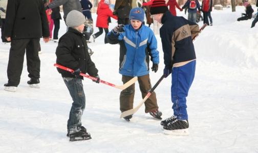 Фото №1 - Роспотребнадзор рекомендует отправлять ребенка на зимние каникулы в проверенный лагерь