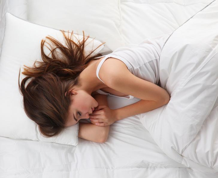 Фото №1 - Спать на боку полезно для мозга