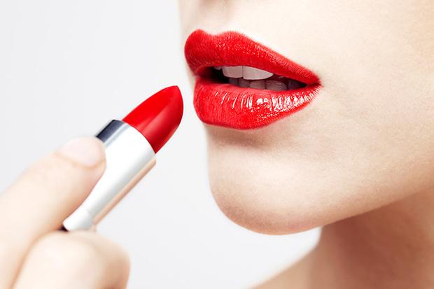 Фото №1 - Как увеличить объем губ