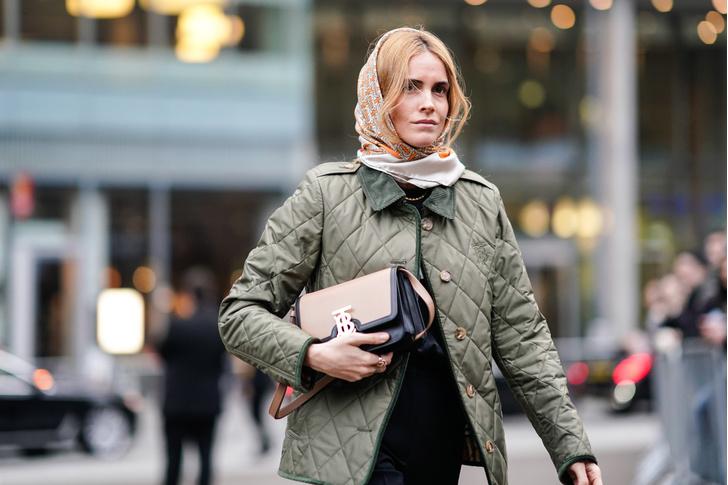 Фото №10 - Женственные образы для зимы: 7 стильных идей