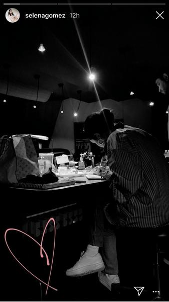 Фото №3 - Селена Гомес дразнится, что работает над новым альбомом