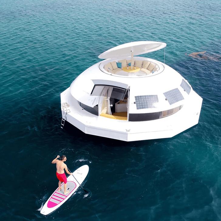 Фото №2 - Туризм будущего: плавучий эко-отель Anthenea
