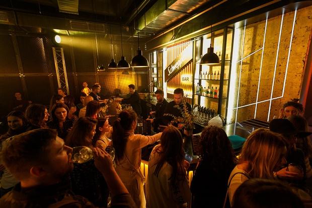 Фото №3 - В Москве вновь открылся Schweppes Bar