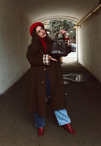 Фото №1 - Блог fashion-редактора: носим красный берет во французском стиле