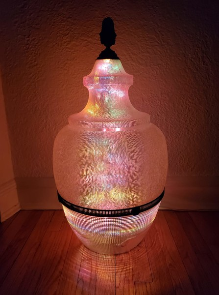 Фото №5 - Лампы, которые придумал гений или безумец: 20 нереальных фото
