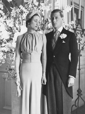 Фото №2 - Брачный конфуз: 7 неприятностей, случившихся на королевских свадьбах