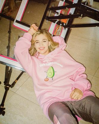 Фото №23 - Что купить: Dream Team выпустили коллекцию одежды в коллаборации с ТВОЕ 💥