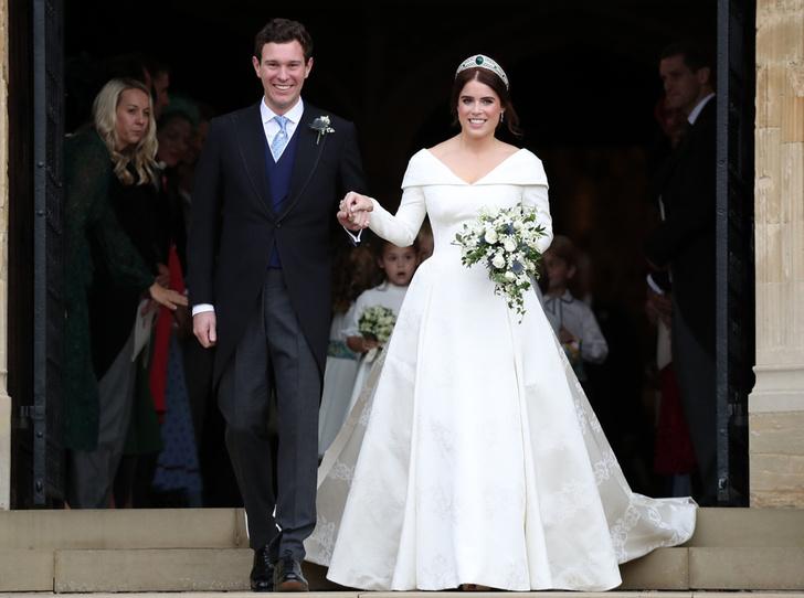 Фото №4 - Еще один секрет второго свадебного платья принцессы Евгении