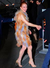 58-летняя Джулианна Мур показала ноги в мини-платье