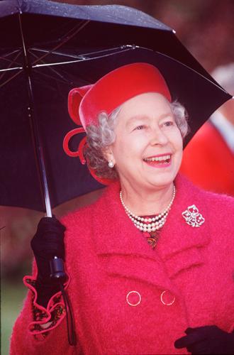 Фото №15 - Виндзорские зонтики: королевский способ спрятаться от дождя