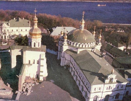 Фото №1 - Жизнь и смерть Успенского собора