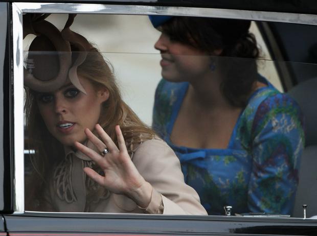 Фото №2 - Пасхальный розыгрыш: как принц Уильям напугал принцесс Беатрис и Евгению