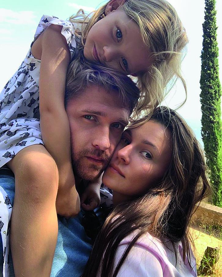 Дмитрий пчела семья фото