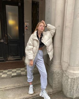 Фото №3 - Inspiration: смотри, с чем носить дутую куртку зимой 2020-2021