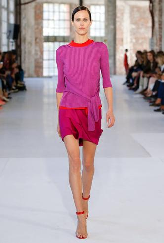 Фото №10 - Самое модное цветовое сочетание сезона из гардероба Дианы (которое взяла на заметку герцогиня Меган)