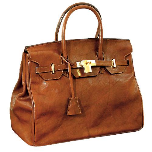 Birkin bag – один из самых роскошных аксессуаров в мире. Ее цена начинается от $7500.
