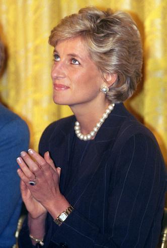 Фото №6 - Время монарха: любимые часы королевских особ