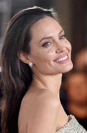 Фото №15 - Голливудская улыбка: 10 звезд с идеальными зубами