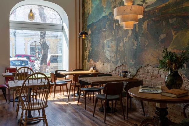 Фото №10 - Ресторан «Цех» с фресками советской эпохи во Владивостоке