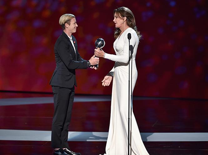 Кэйтлин Дженнер получила почетную награду