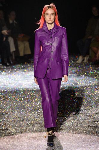 Фото №35 - От классики до сочных красок: лучшие костюмы с Недели моды в Нью-Йорке
