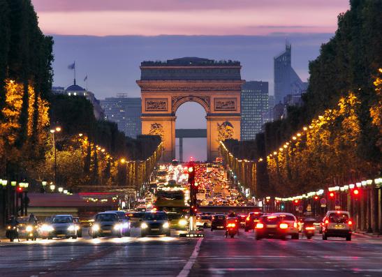 Фото №1 - Где исполняются желания: топ-9 волшебных городов мира