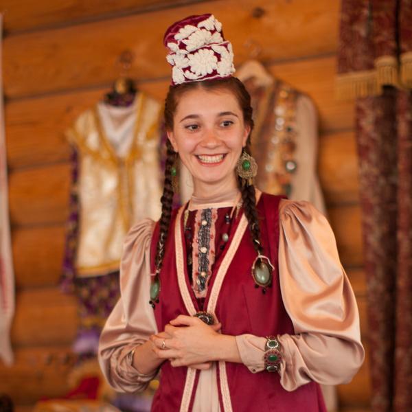 Фото №28 - Как Рапунцель: самые красивые косы Казани