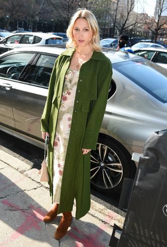 Фото №6 - Королевский стиль: греческая принцесса затмила всех на неделе моды в Нью-Йорке